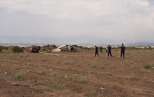 У Туреччині розбився тренувальний літак