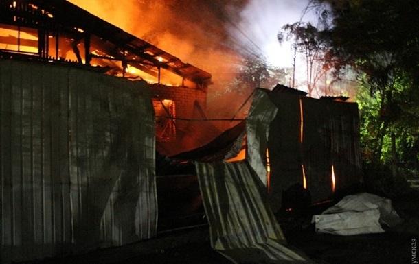 Число погибших от пожара в Одессе увеличилось