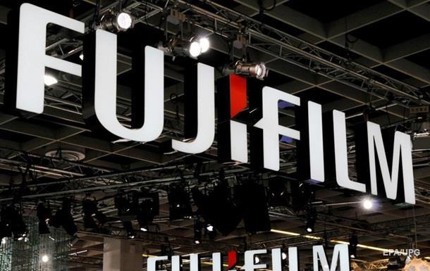 Компания Fujifilm возобновляет производство черно-белой фотопленки