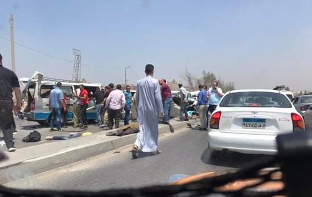 У Єгипті сталася потрійна ДТП: 14 жертв