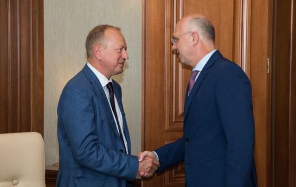 Премьер  Молдовы провел переговоры с представителем Украины
