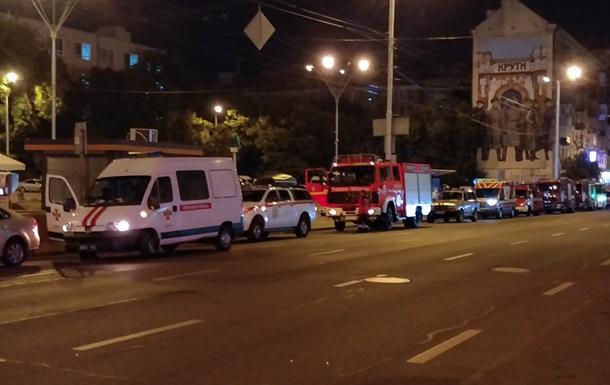У Києві півсотні пожежників  гасили  умовну пожежу в метро