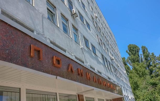 Женщина умерла в очереди к врачу в Киеве - СМИ