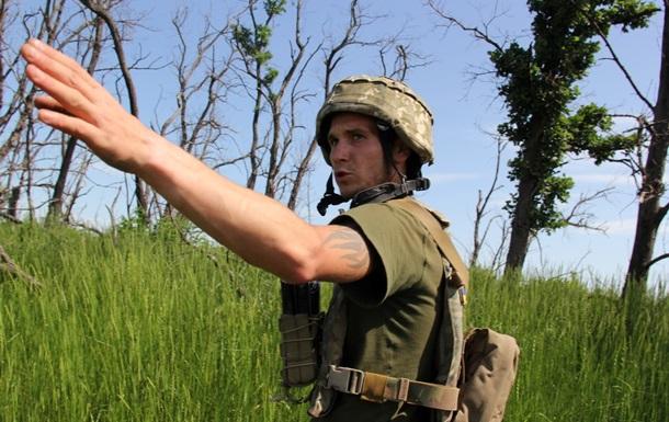 У зоні ООС вісім обстрілів за день, втрат немає