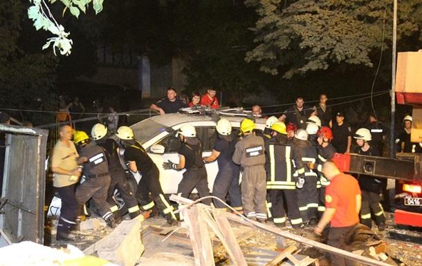 Рятувальники уточнили дані про потужний вибух в Києві