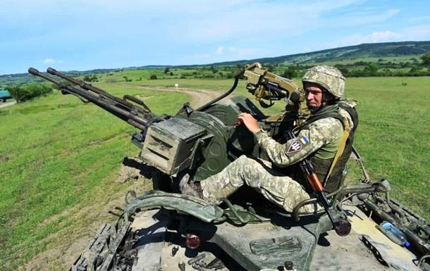 На Донбассе за день 13 обстрелов, ВСУ без потерь