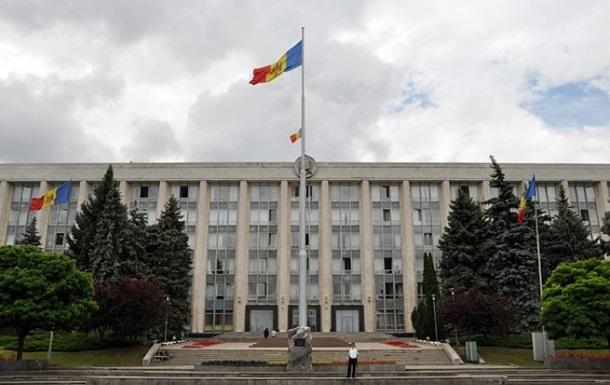Молдова запросила у Украины информацию о сбежавших политиках