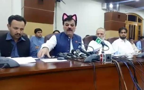 Фильтр превратил пакистанского политика в  кота