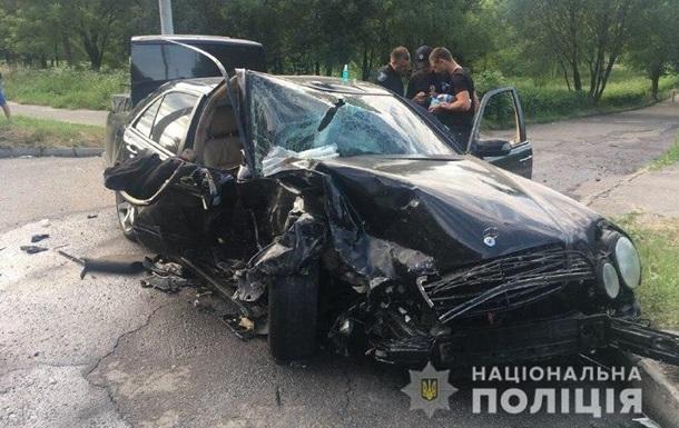 У Рівному під час зіткнення двох авто постраждали п ятеро людей