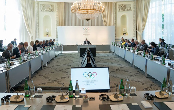 МОК позбавив чемпіонати світу з боксу в Росії ліцензії на Олімпіаду