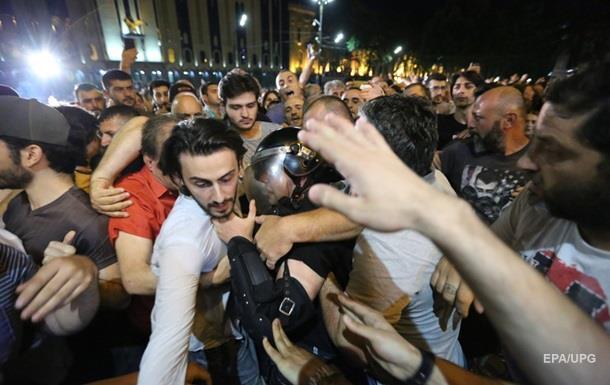 Кремль відповів на антиросійські протести в Грузії