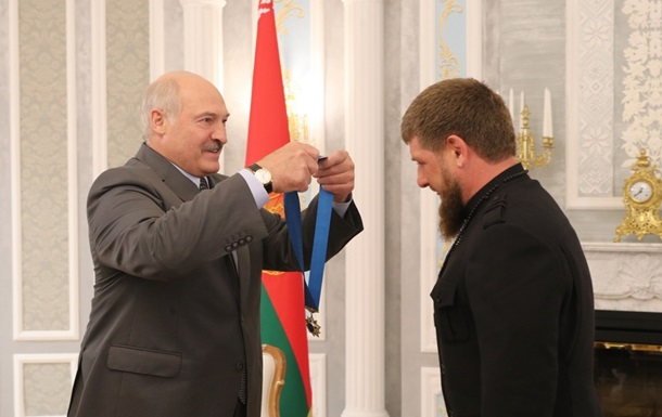 Лукашенко вручив Кадирову орден Дружби народів
