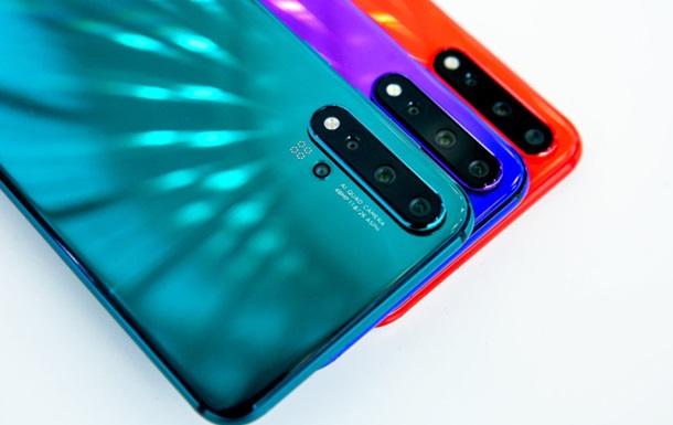Huawei официально показала смартфоны Nova 5