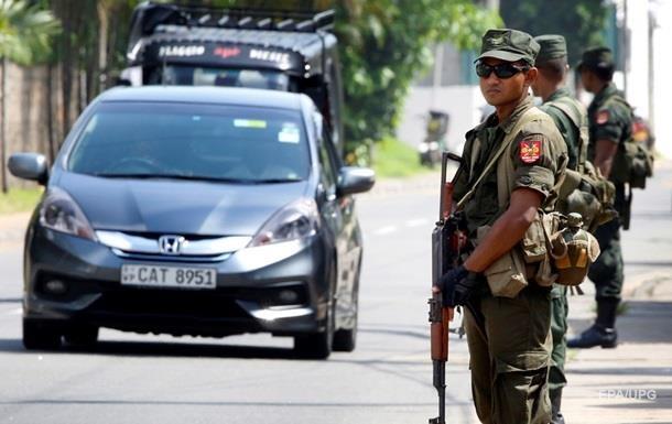 Влада Шрі-Ланки продовжила на місяць режим НС