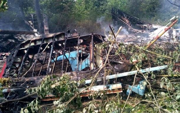 В Україні літак згорів після аварійної посадки