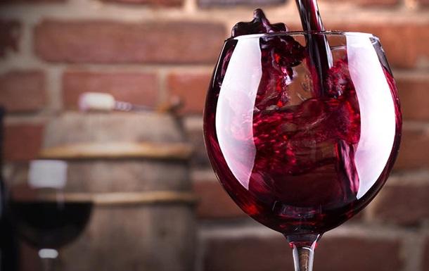В Грузии а аэропортах прибывшим туристам будут дарить вино