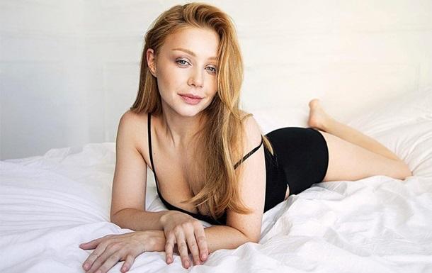 Певица Тина Кароль опубликовала сексуальное фото