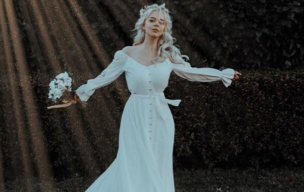 Звезды показали первые фото свадьбы Алины Гросу