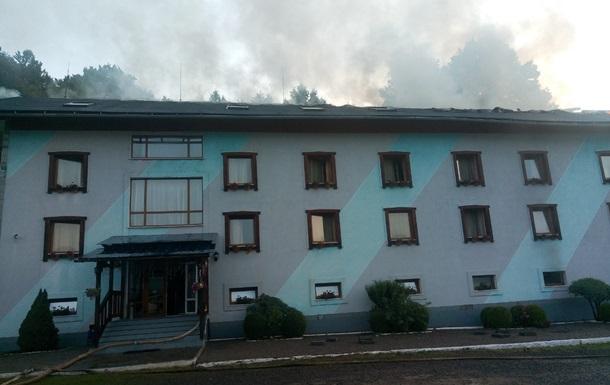 На Закарпатье загорелась гостиница с воспитанниками ДЮСШ