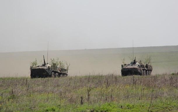 На Донбассе за день 18 обстрелов, ранен боец ВСУ