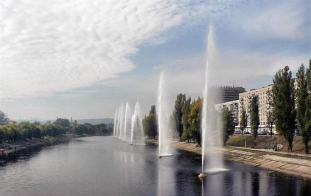 В Киеве отключилась часть фонтанов на Русановском канале