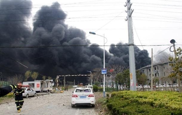 У Китаї стався вибух на хімзаводі: є жертви
