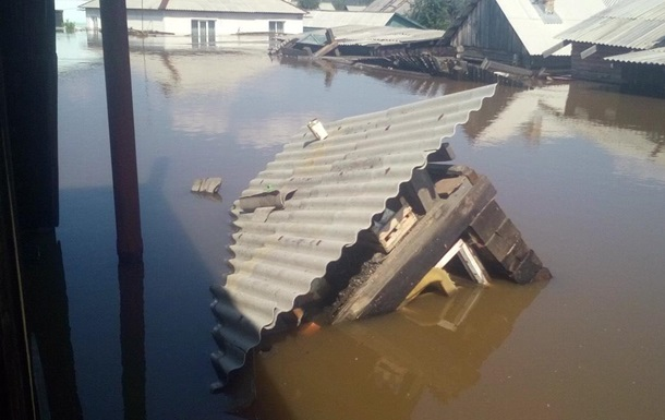 Наводнение в России: число жертв выросло до 12 человек