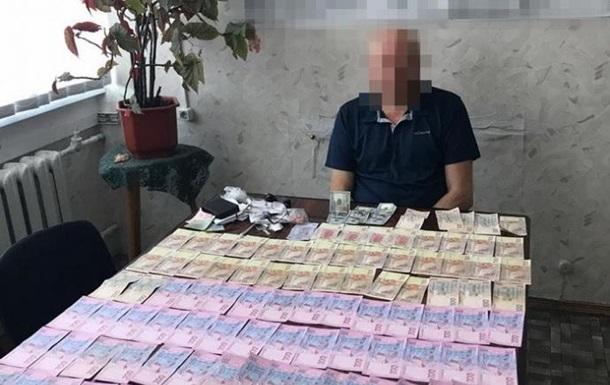 СБУ поймала чиновников-взяточников оборонного завода