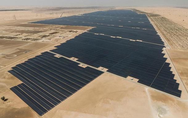 В ОАЭ заработала крупнейшая в мире солнечная электростанция