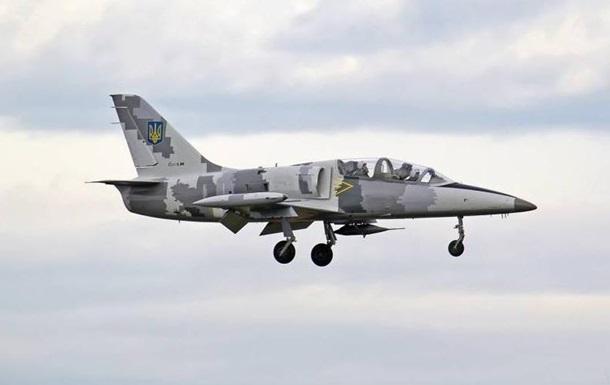 На Харьковщине разбился учебный самолет