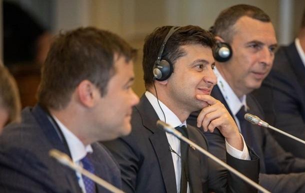Зеленский пообещал защищать украинский язык