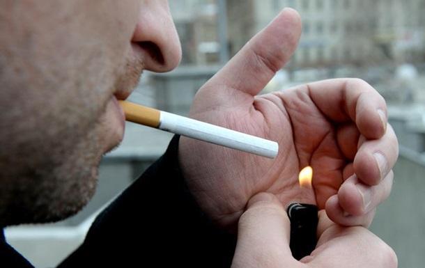 У Швеції почали діяти жорсткі обмеження на куріння в громадських місцях