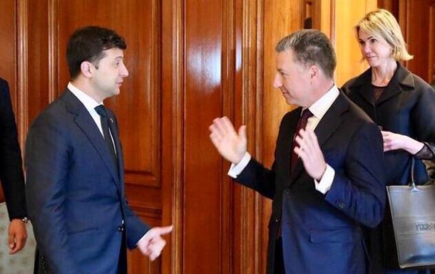 Волкер: Россия должна внести свой вклад для мира на Донбассе
