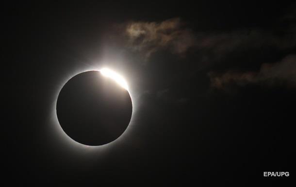 В сети появились фото и видео солнечного затмения 2 июля 2019 года