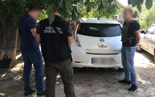 Полицейский требовал взятку за сокрытие борделя в Одессе