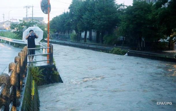 В Японии эвакуируют миллион человек из-за дождей