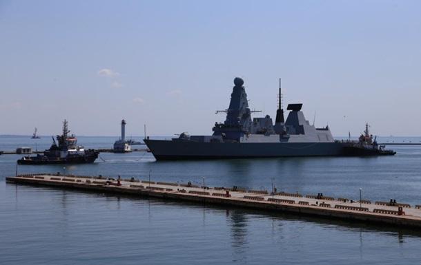 В порт Одессы зашли четыре корабля НАТО
