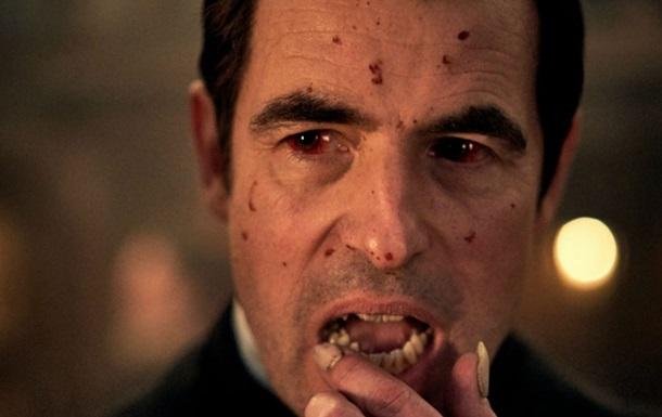 Жуткого Дракулу из нового сериала показали на фото
