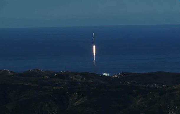 SpaceX потеряла новые спутники в космосе