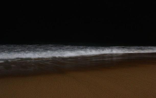 Оптическая иллюзия превратила ворота в пляж