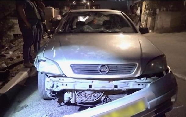 В Ізраїлі автомобіль протаранив групу військових