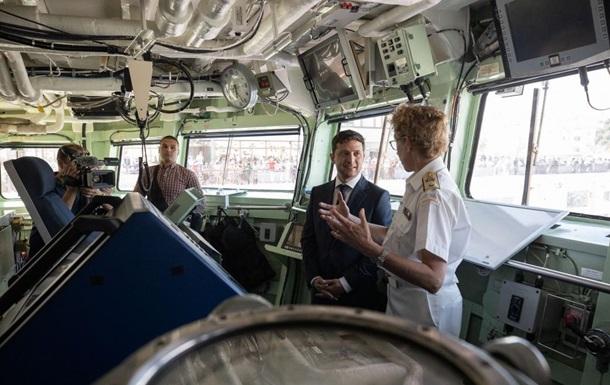 Зеленскому показали корабли НАТО в Одессе
