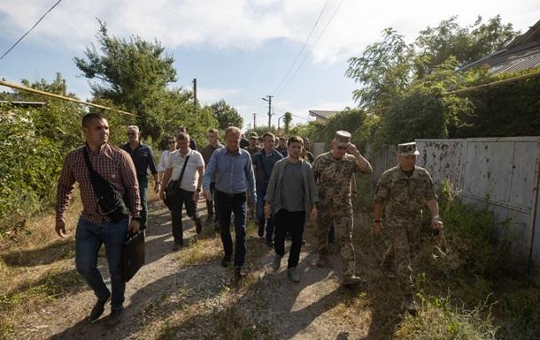 Зеленський і Туск відвідали Станицю Луганську