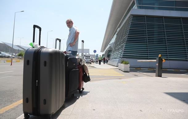 У РФ оцінили збитки від заборони польотів у Грузію