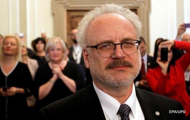 На інавгурації нового президента Латвії стався казус