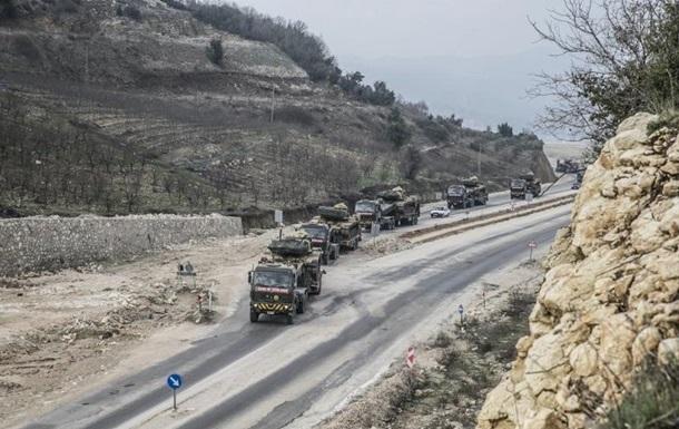 Туреччина масово перекидає війська до Сирії