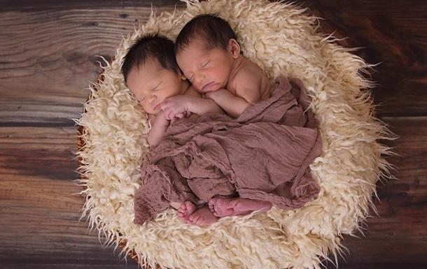 В Херсоне за сутки родились четыре двойни