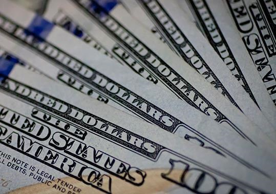 Заигравшиеся американцы столкнутся с дефолтом в ближайшие месяцы
