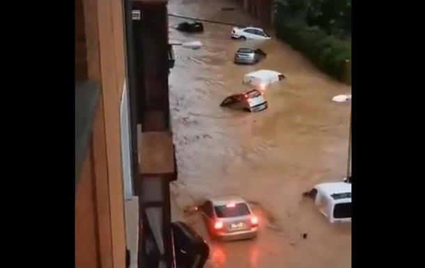 В Испании сильное наводнение, есть жертва