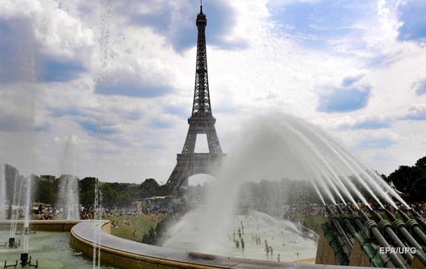 В Париже объявили о чрезвычайной климатической ситуации